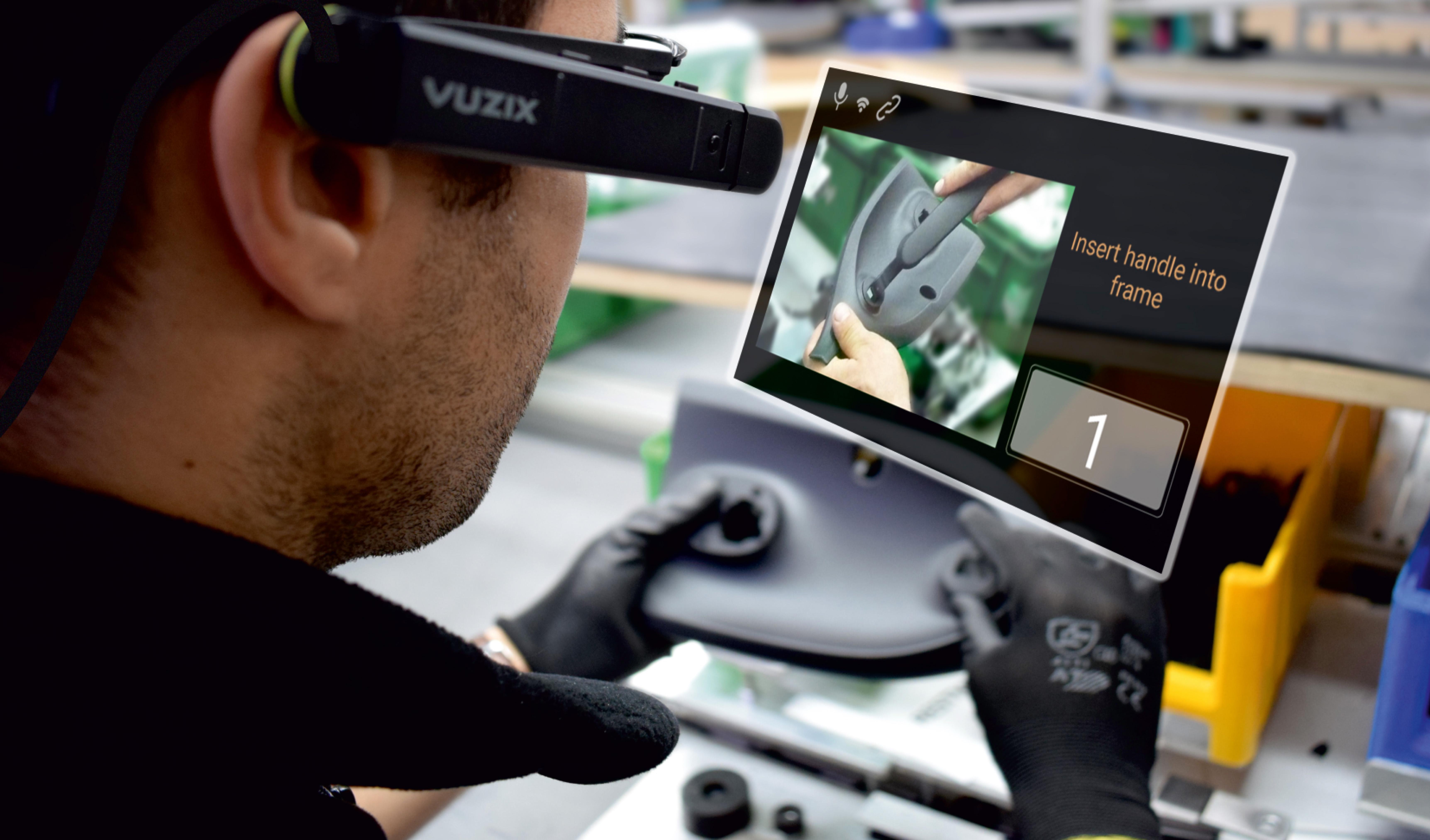 Arbeit mit VR-Brille